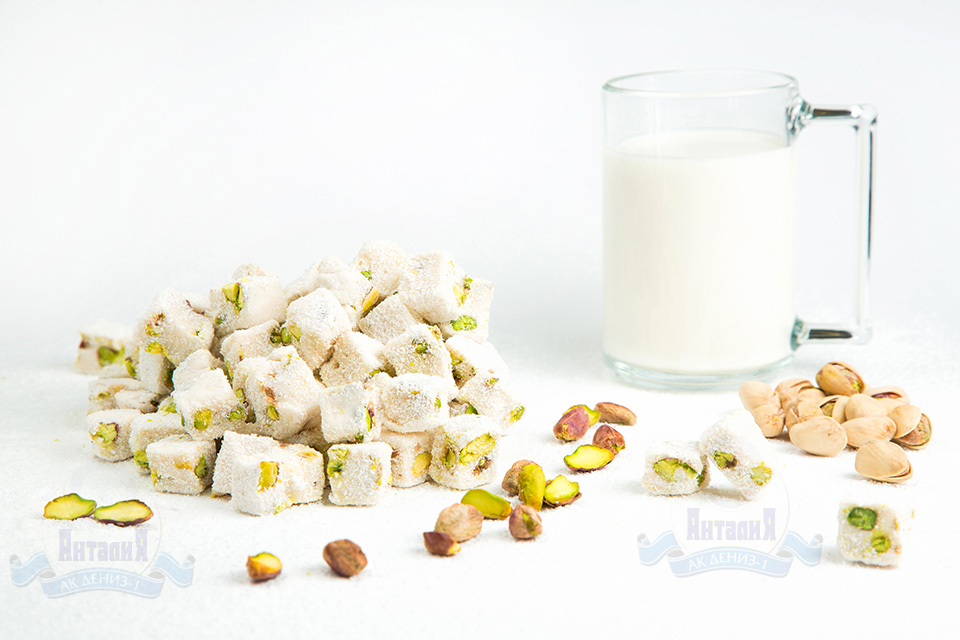 Лукум молочный с фисташками двойной обжарки 1,5 кг